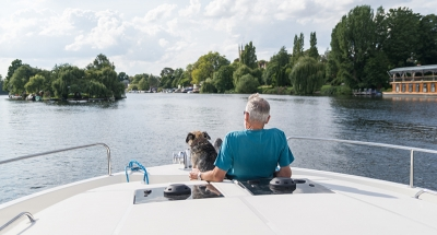 Cruising on the Thames