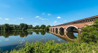 Historic bridge in Nérac