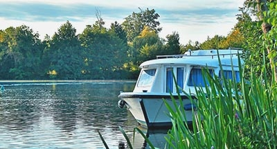 Le Boat in nature in the Charente