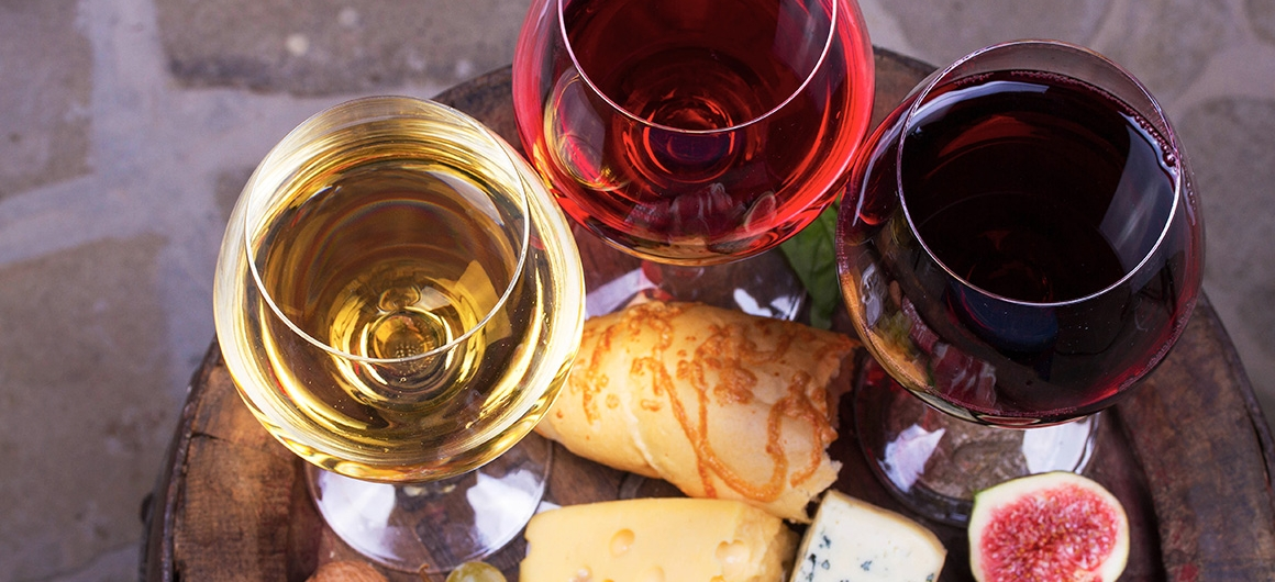 Red, White and Rosé wine with food
