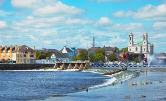 Carrick-on-Shannon to Newgrange - 5 ways to travel via train